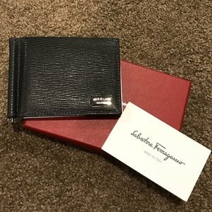 Authentic!!! Men's Ferragamo wallet